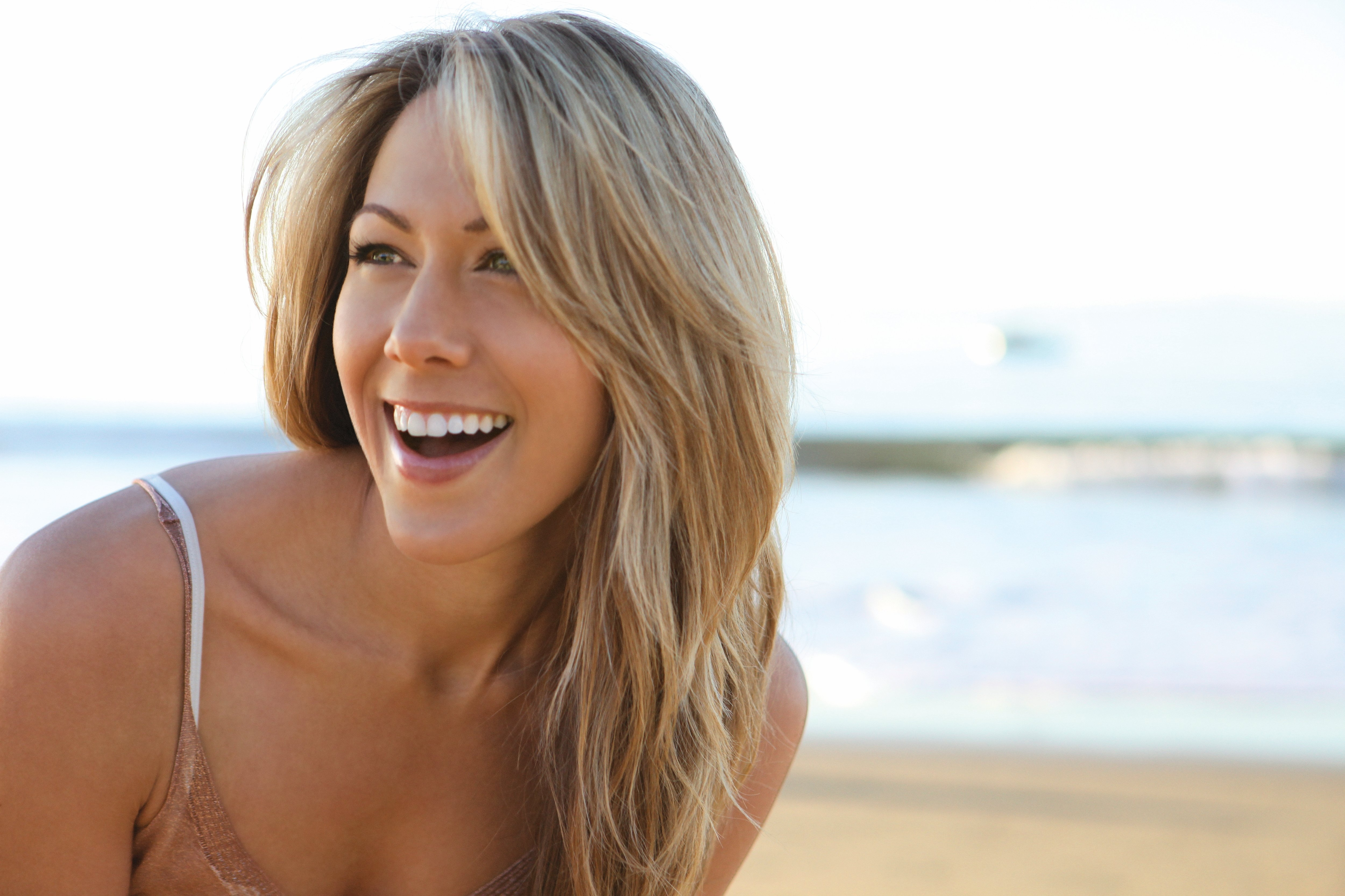 how tall is colbie caillat